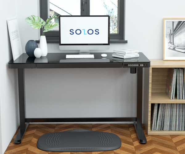 The glass top standing desk is perfect for studio and home use with the stylish and modern design and function