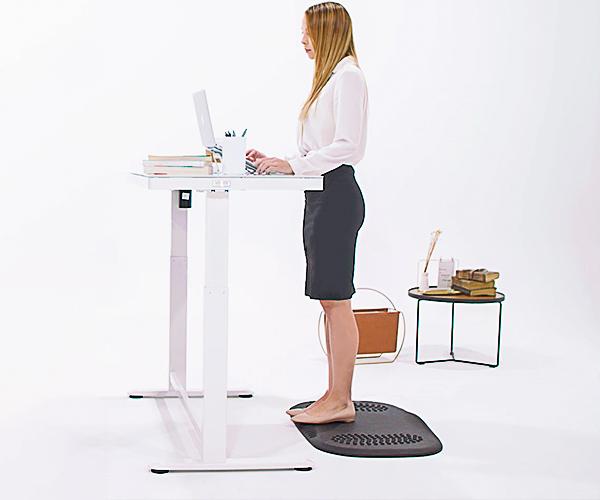 SOLOS Ergonomic Standing Mat Help Stand With Zero Stress