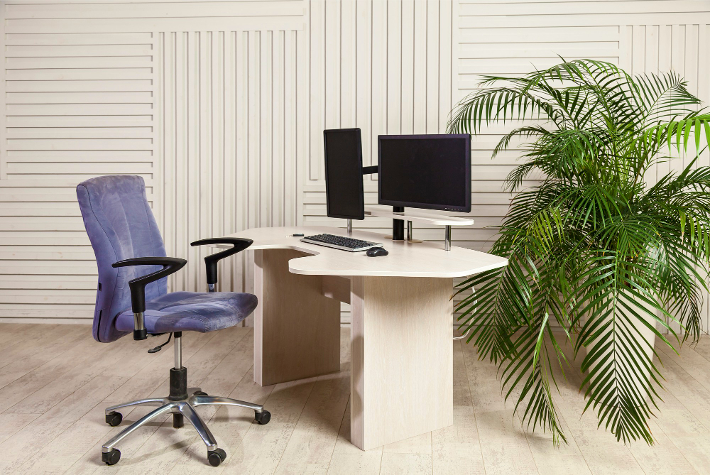 unique L-shaped desk